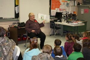 Award of Ex Doc LRA Officer reading at Literacy event